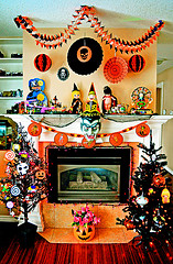 5 tips for storing holiday decorations garage storage