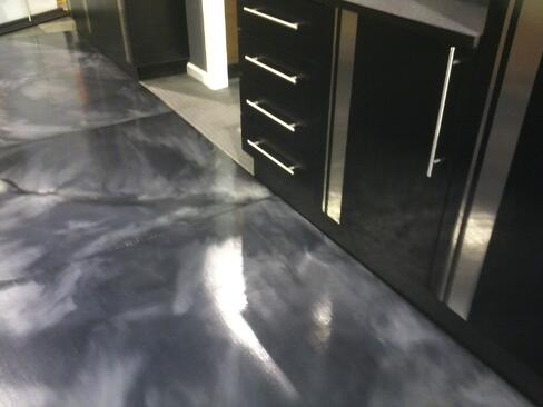metallicfloorcoating1.jpg